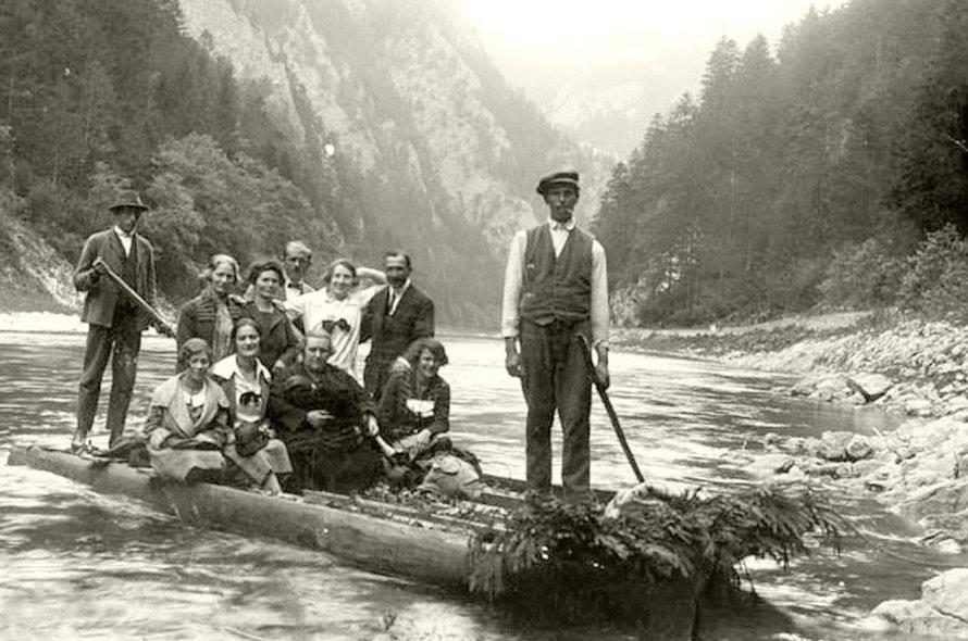 Splav Dunajca na pltiach - prví kúpeľní hostia